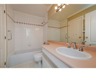 """Photo 15: 36 15273 24 Avenue in Surrey: King George Corridor Townhouse for sale in """"THE PENINSULA"""" (South Surrey White Rock)  : MLS®# R2272245"""