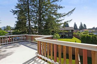 Photo 11: 2954 BERKELEY Place in Coquitlam: Meadow Brook House for sale : MLS®# R2273395