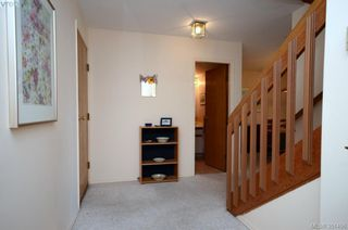 Photo 5: 19 10457 Resthaven Dr in SIDNEY: Si Sidney North-East Row/Townhouse for sale (Sidney)  : MLS®# 702249