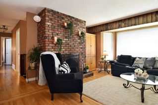 Photo 3: 27053 28A Avenue in Langley: Aldergrove Langley House for sale : MLS®# R2289155