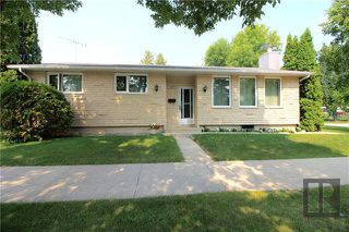 Photo 1: 287 Donwood Drive in Winnipeg: North Kildonan Residential for sale (3F)  : MLS®# 1822103