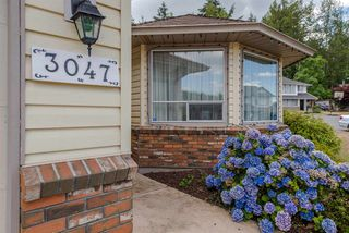 Photo 2: 3047 CASSIAR Avenue in Abbotsford: Abbotsford East House for sale : MLS®# R2312839