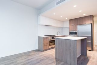 """Photo 5: 2601 680 SEYLYNN Crescent in Vancouver: Lynnmour Condo for sale in """"COMPASS AT SEYLYNN"""" (North Vancouver)  : MLS®# R2325281"""