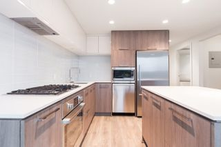 """Photo 6: 2601 680 SEYLYNN Crescent in Vancouver: Lynnmour Condo for sale in """"COMPASS AT SEYLYNN"""" (North Vancouver)  : MLS®# R2325281"""