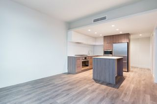 """Photo 8: 2601 680 SEYLYNN Crescent in Vancouver: Lynnmour Condo for sale in """"COMPASS AT SEYLYNN"""" (North Vancouver)  : MLS®# R2325281"""