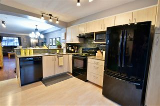 "Photo 3: 136 6747 203 Street in Langley: Willoughby Heights Townhouse for sale in ""Sagebrook"" : MLS®# R2326283"