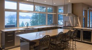 "Photo 12: 818 RAINBOW Lane: Britannia Beach House for sale in ""Britannia Beach"" (Squamish)  : MLS®# R2333772"