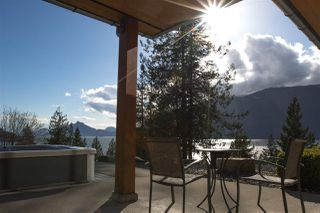 "Photo 6: 818 RAINBOW Lane: Britannia Beach House for sale in ""Britannia Beach"" (Squamish)  : MLS®# R2333772"