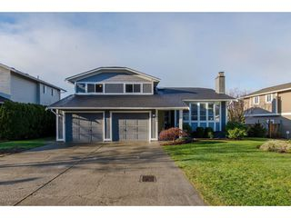 """Main Photo: 2945 GLENSHIEL Drive in Abbotsford: Abbotsford East House for sale in """"McMillan"""" : MLS®# R2335398"""