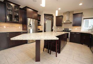 Photo 11: 5335 MULLEN Bend in Edmonton: Zone 14 House for sale : MLS®# E4150221