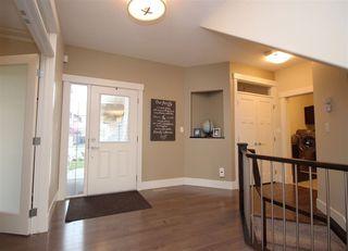 Photo 2: 5335 MULLEN Bend in Edmonton: Zone 14 House for sale : MLS®# E4150221