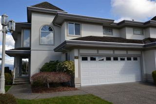 Photo 1: 28 31445 RIDGEVIEW Drive in Abbotsford: Abbotsford West Townhouse for sale : MLS®# R2356224