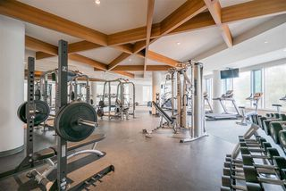 "Photo 18: 1407 680 SEYLYNN Crescent in North Vancouver: Lynnmour Condo for sale in ""Compass"" : MLS®# R2357834"
