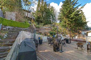 Photo 15: 1062 SPAR Drive in Coquitlam: Ranch Park House for sale : MLS®# R2359921