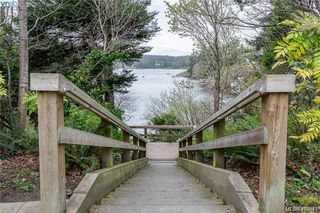 Photo 21: 122 290 Island Highway in VICTORIA: VR View Royal Condo Apartment for sale (View Royal)  : MLS®# 410345