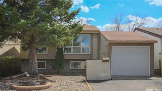Main Photo: 870 Callander Crescent North in Regina: McCarthy Park Residential for sale : MLS®# SK771821