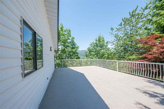 Photo 11: 1091 GATENSBURY Road in Port Moody: Port Moody Centre House for sale : MLS®# R2373201