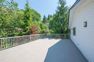 Photo 12: 1091 GATENSBURY Road in Port Moody: Port Moody Centre House for sale : MLS®# R2373201