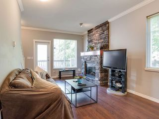 "Photo 6: 48 5839 PANORAMA Drive in Surrey: Sullivan Station Townhouse for sale in ""FOREST GATE"" : MLS®# R2373372"