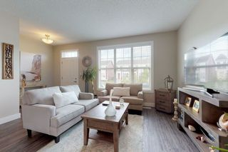 Photo 4: 2125 24 Street in Edmonton: Zone 30 Attached Home for sale : MLS®# E4163294