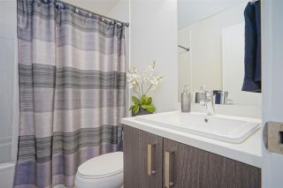 """Photo 8: 13 18681 68 Avenue in Surrey: Clayton Townhouse for sale in """"Creekside"""" (Cloverdale)  : MLS®# R2383969"""
