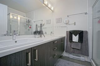 """Photo 10: 13 18681 68 Avenue in Surrey: Clayton Townhouse for sale in """"Creekside"""" (Cloverdale)  : MLS®# R2383969"""