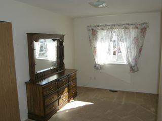 Photo 19: 4 23580 Dewdney Trunk Road in St George's Village: Home for sale : MLS®# V975203