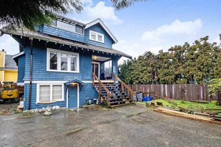 Photo 2: 2327 COLLINGWOOD Street in Vancouver: Kitsilano House for sale (Vancouver West)  : MLS®# R2433577
