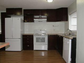 Photo 2: 553 DOUGLAS Street in Hope: Hope Center House for sale : MLS®# R2434928