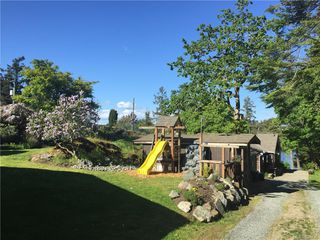 Photo 15: 208 Hart Rd in View Royal: VR View Royal Single Family Detached for sale : MLS®# 836496