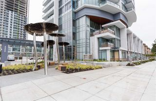 Photo 3: 4105 4900 LENNOX Lane in Burnaby: Metrotown Condo for sale (Burnaby South)  : MLS®# R2480098