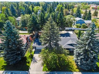 Photo 6: 439 WILDERNESS Drive SE in Calgary: Willow Park Detached for sale : MLS®# A1026738