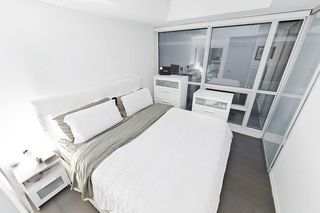 Photo 7: 2211 70 Temperance Street in Toronto: Bay Street Corridor Condo for lease (Toronto C01)  : MLS®# C4945393