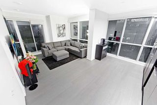 Photo 2: 2211 70 Temperance Street in Toronto: Bay Street Corridor Condo for lease (Toronto C01)  : MLS®# C4945393