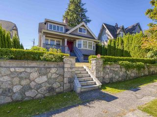 Photo 2: 4532 W 6TH Avenue in Vancouver: Point Grey House for sale (Vancouver West)  : MLS®# R2516484