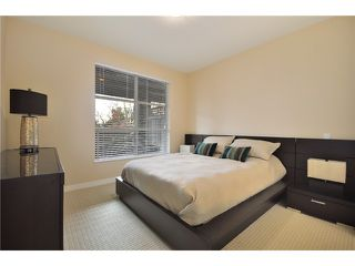 "Photo 5: 105 1468 ST ANDREWS Avenue in North Vancouver: Central Lonsdale Condo for sale in ""Avondale"" : MLS®# V874368"