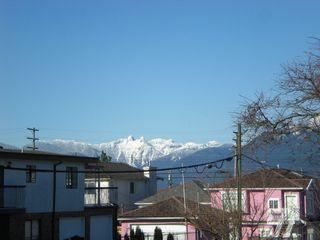 Photo 12: 3006 E 2ND AV in Vancouver: Renfrew VE House for sale (Vancouver East)  : MLS®# V877852