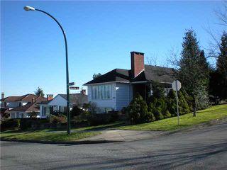 Photo 3: 3006 E 2ND AV in Vancouver: Renfrew VE House for sale (Vancouver East)  : MLS®# V877852