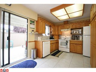 Photo 4: 55 5201 204TH Street in Langley: Langley City Townhouse for sale : MLS®# F1116357