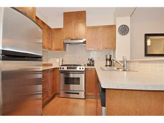 """Photo 4: 101 2969 WHISPER Way in Coquitlam: Westwood Plateau Condo for sale in """"SUMMERLIN"""" : MLS®# V909010"""