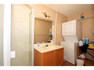 Photo 9: 191 APPLEGLEN Park SE in CALGARY: Applewood Residential Detached Single Family for sale (Calgary)  : MLS®# C3494274