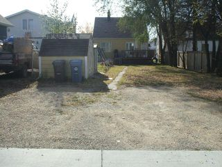 Photo 18: 399 Deschambault Street in WINNIPEG: St Boniface Residential for sale (South East Winnipeg)  : MLS®# 1221335