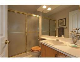 Photo 11: 77 595 Yates Road in Kelowna: Commercial for sale : MLS®# 10055668