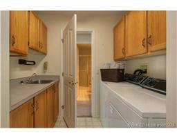 Photo 10: 77 595 Yates Road in Kelowna: Commercial for sale : MLS®# 10055668