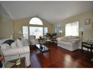 Photo 3: 8435 COX DR in Mission: Mission BC House for sale : MLS®# F1401321