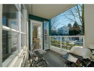 "Photo 15: 206 2575 W 4TH Avenue in Vancouver: Kitsilano Condo for sale in ""SEAGATE ON FOURTH"" (Vancouver West)  : MLS®# V1045521"