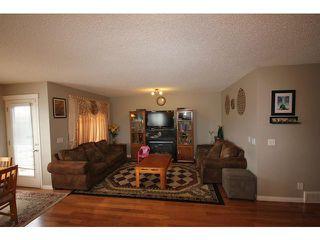 Photo 8: 16 SADDLECREST Close NE in CALGARY: Saddleridge Residential Detached Single Family for sale (Calgary)  : MLS®# C3603823