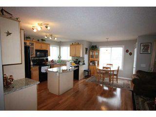 Photo 9: 16 SADDLECREST Close NE in CALGARY: Saddleridge Residential Detached Single Family for sale (Calgary)  : MLS®# C3603823