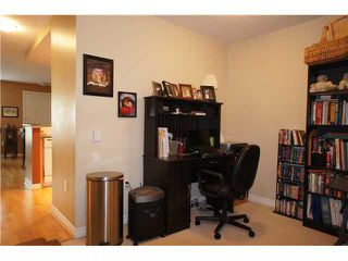 """Photo 10: 71 7488 SOUTHWYNDE Avenue in Burnaby: South Slope Townhouse for sale in """"LEDGESTONE 1"""" (Burnaby South)  : MLS®# V1059651"""
