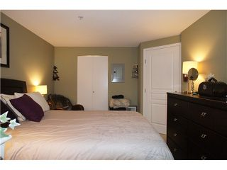 """Photo 14: 71 7488 SOUTHWYNDE Avenue in Burnaby: South Slope Townhouse for sale in """"LEDGESTONE 1"""" (Burnaby South)  : MLS®# V1059651"""
